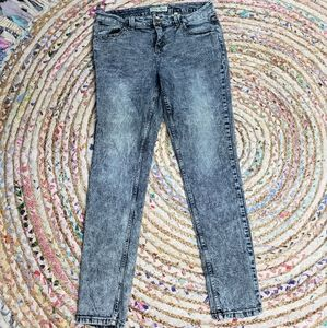 🌼5 for $25🌼 Acid wash skinny jeans
